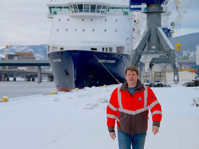 Magne Rognlid, daglig leder for administrasjonskontoret for havnearbeid ute paa havna
